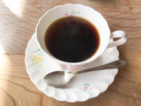 ビワ1/5の旅 女騎士館コーヒー