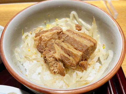鳥居本宿でお蕎麦を 百百百百豚角煮