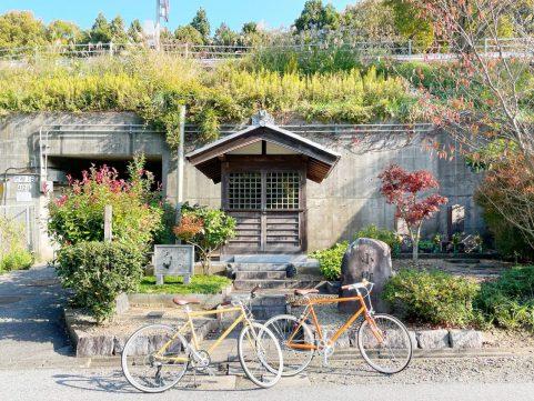 鳥居本宿でお蕎麦を 自転車